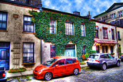 Washington Mews Framed Prints - Mews Ivy Framed Print by Randy Aveille