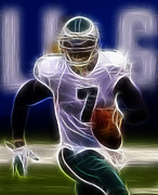 Michael Vick Framed Prints - Michael Vick - Philadelphia Eagles Quarterback Framed Print by Paul Ward