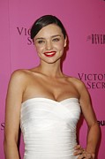 Beverly Hilton Hotel Posters - Miranda Kerr At Arrivals For Victorias Poster by Everett