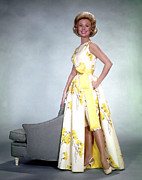 1950s Fashion Photo Metal Prints - Mitzi Gaynor, 1950s Metal Print by Everett