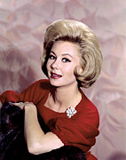 Mitzi Framed Prints - Mitzi Gaynor, 1960s Framed Print by Everett