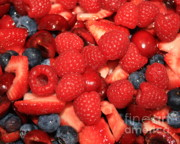 Kitchen Photos Prints - Mixed Berries Print by Carol Groenen