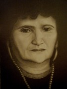 Photo Realism Drawings - Mom by Arturo Ramirez