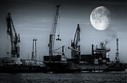 Vollmond Prints - Mondschiff Print by PhotoArt Hartmann