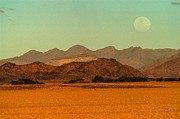 Contours Photos - Moonrise moment by Alistair Lyne
