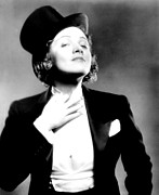 Colbw Photo Framed Prints - Morocco, Marlene Dietrich, 1930 Framed Print by Everett