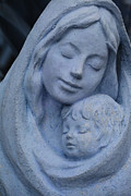 Christ Child Framed Prints - Mother and Child Framed Print by Susanne Van Hulst