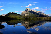 Mount Rundle And  Vermillion Lake Print by Vickie Emms