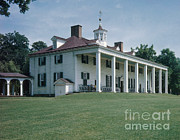 Mount Vernon Prints - Mount Vernon Print by Photo Researchers, Inc.