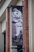 New York Baseball Parks Digital Art Framed Prints - Mr Met Framed Print by Rob Hans