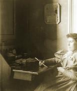 Mrs W - April 1885 Print by Jan Faul