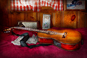 Vintage String Instruments Posters - Music - Guitar - That old country feel Poster by Mike Savad