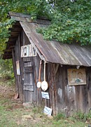Old Master - Music Shed by Pauline Ross