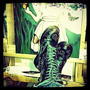 Instagroove Art - My Boots by  Abril Andrade Griffith