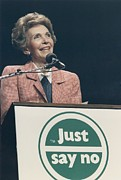 First Ladies Photo Framed Prints - Nancy Reagan Speaking At A Just Say No Framed Print by Everett