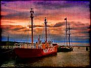 Oyster Art - Nantucket Lightship by Jeff Breiman