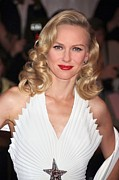 Exhibition Opening Night Party Framed Prints - Naomi Watts Wearing A Thierry Mugler Framed Print by Everett