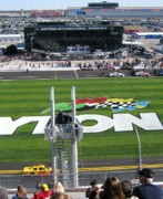 Daytona 500 Photos - Nascar Kurt Busch by Lesley Giles