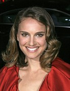Natalie Portman Prints - Natalie Portman At Arrivals For L.a Print by Everett