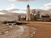 Long Pyrography Framed Prints - New Haven Lighthouse Framed Print by Frank Garciarubio