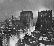 Photo Researchers - New York At Night Paul B Haviland