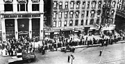 Great Depression Prints - New York: Bank Run, 1930 Print by Granger