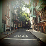 Manhattan Photos - New York On Idealic Street by Lori Andrews