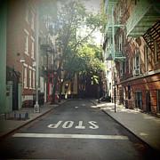 New York On Idealic Street Print by Lori Andrews