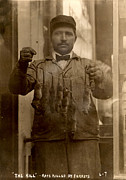 1900s Portraits Photos - New York, Rat Catcher, Reads The Kill - by Everett