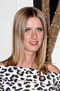 Nicky Hilton Prints - Nicky Hilton At Arrivals For Chloe Los Print by Everett