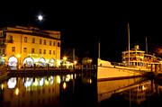 Martina Fagan - Night time in Riva del Garda