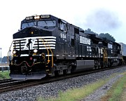 Stockbridge Posters - Norfolk Southern 9184 Through Stockbridge Georgia Poster by John Black