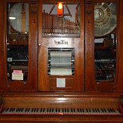Music Ipod Photo Metal Prints - Nostalgic Wurlitzer Player Piano . 7D14400 Metal Print by Wingsdomain Art and Photography