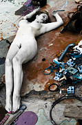 Johnny Sandaire - Nude female with rubble