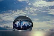 Cities Glass Art - NYC Eye In The Sky by Etti Palitz