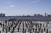 Manhattan Greeting Cards - NYC Piers by Henri Irizarri