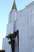 Oakland California Temple . The Church Of Jesus Christ Of Latter-day Saints . 7d11335 Print by Wingsdomain Art and Photography