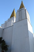Oakland California Temple . The Church Of Jesus Christ Of Latter-day Saints . 7d11336 Print by Wingsdomain Art and Photography