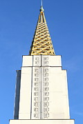 Castles Photos - Oakland California Temple . The Church of Jesus Christ of Latter-Day Saints . 7D11339 by Wingsdomain Art and Photography