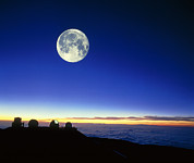 Hawai Posters - Observatories At Mauna Kea, Hawaii, With Full Moon Poster by David Nunuk