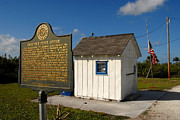 Sign In Florida Photo Metal Prints - Ochopee Post Office Metal Print by David Lee Thompson
