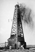 Oil Field Prints - OKLAHOMA: OIL WELL, c1922 Print by Granger