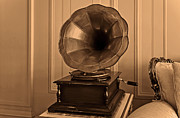 Antiquated Prints - Old antique gramophone in room setting Print by Kantilal Patel