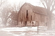 Landscapes Art - Old Barn by Larry Ricker