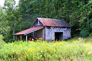 Richland County Posters - Old Barn near Silversteen Road Poster by Duane McCullough