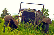 Rusted Cars Photos - Old Convertable by Randy Harris