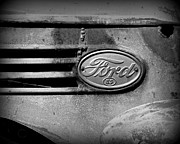 Paint Photograph Prints - Old Ford 85 Print by Perry Webster