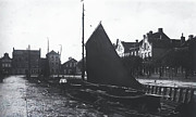 Wooden Ship Prints - Old Harbor 1880 Print by Stefan Kuhn