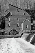 Daniel Portalatin - Old Mill Still Running