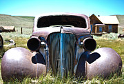 Shane Kelly Framed Prints - Old Rusted Car Framed Print by Shane Kelly
